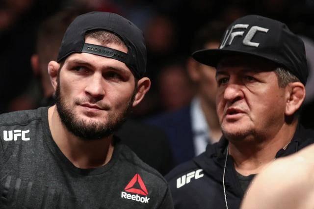 UFC巨星小鹰的父亲肺炎住院,小鹰被隔离,今年
