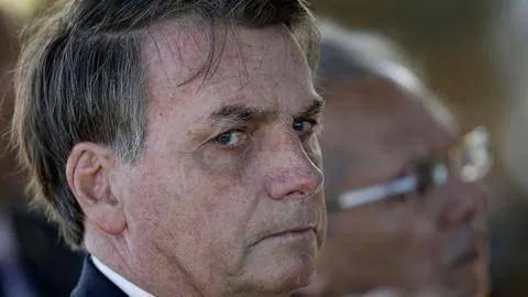还记得不戴口罩出席集会的巴西总统吗?他被调