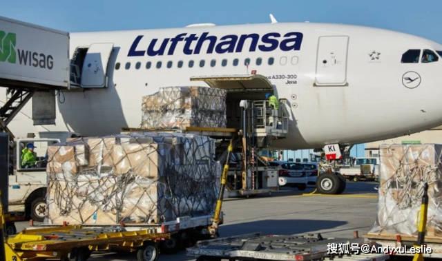 民航联盟:无奈之举,航空公司拆除客机座椅改