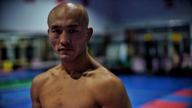 <strong>武僧一龙:我和刘二狗打了假拳,因为我已经手</strong>