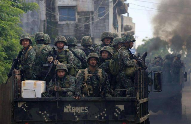 """国际观察丨拨云见日,恐怖武装缴械,杜特尔特""""铁腕""""让菲律宾变天"""
