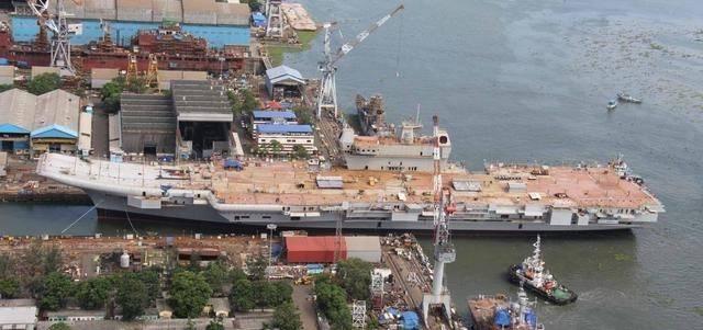 今年开造!印度第二艘国产航母要用电磁弹射,