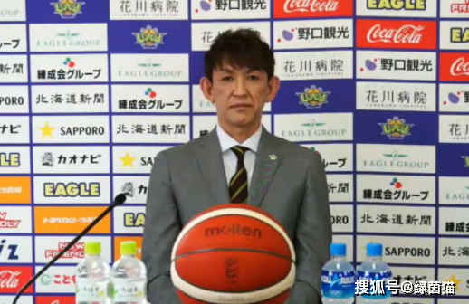 日本男篮活化石宣布退役!职业生涯长达27年,