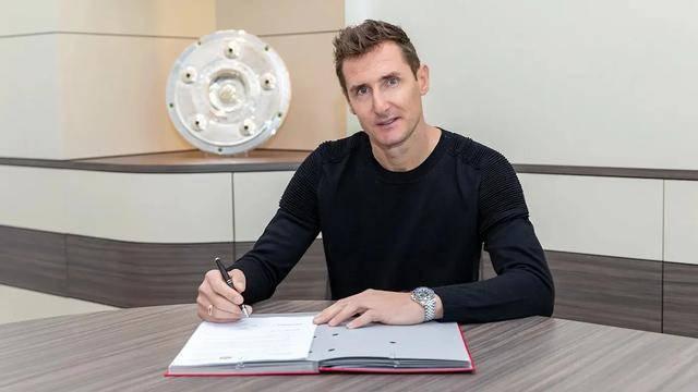 官方:克洛泽正式出任拜仁助理教练 签约至202