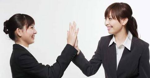 接受批评:把领导的批评变信任有错,积极认错