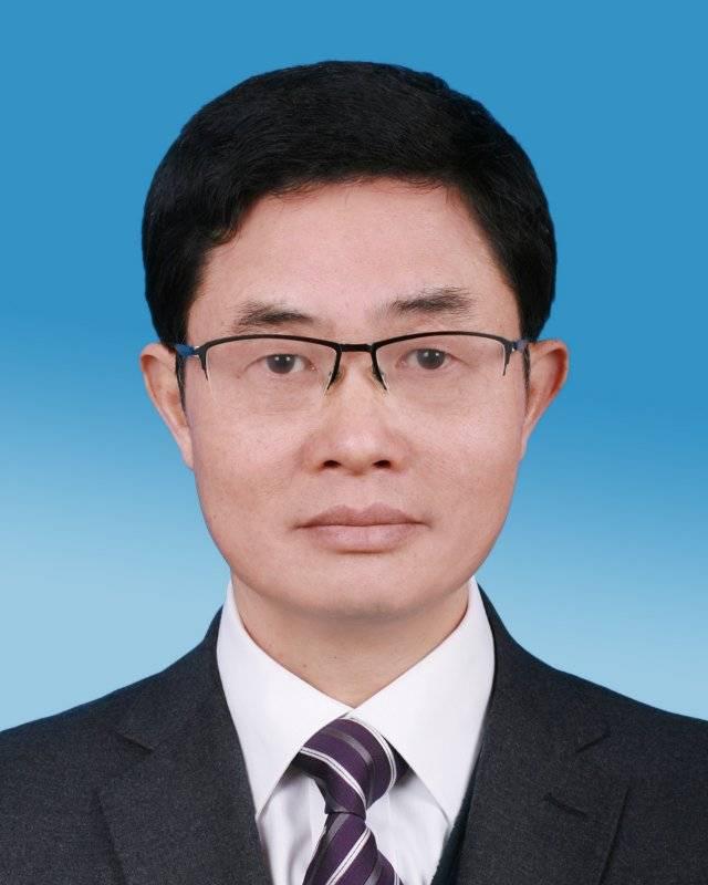 江西南昌市委常委、政法委书记刘家富当选为市政协主席