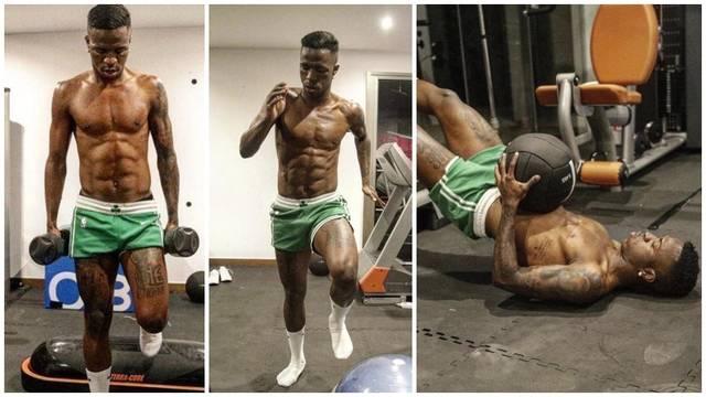 <strong>皇马19岁妖星学习C罗训练法 练出八块腹肌一身腱</strong>