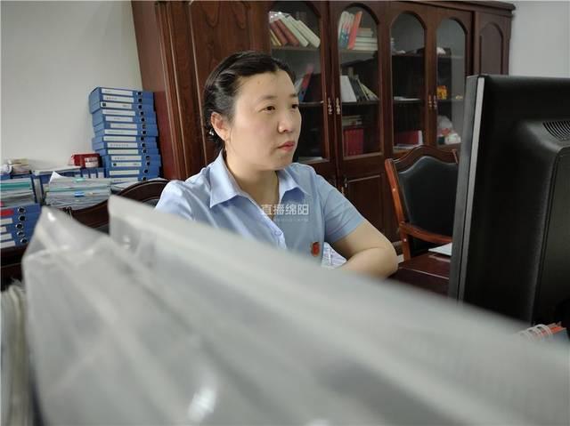 """练兵比武!绵阳人社窗口单位""""问不倒"""""""