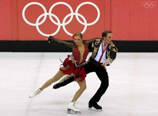 俄冬奥冰舞冠军因新冠入院治疗 丈夫系总统新闻